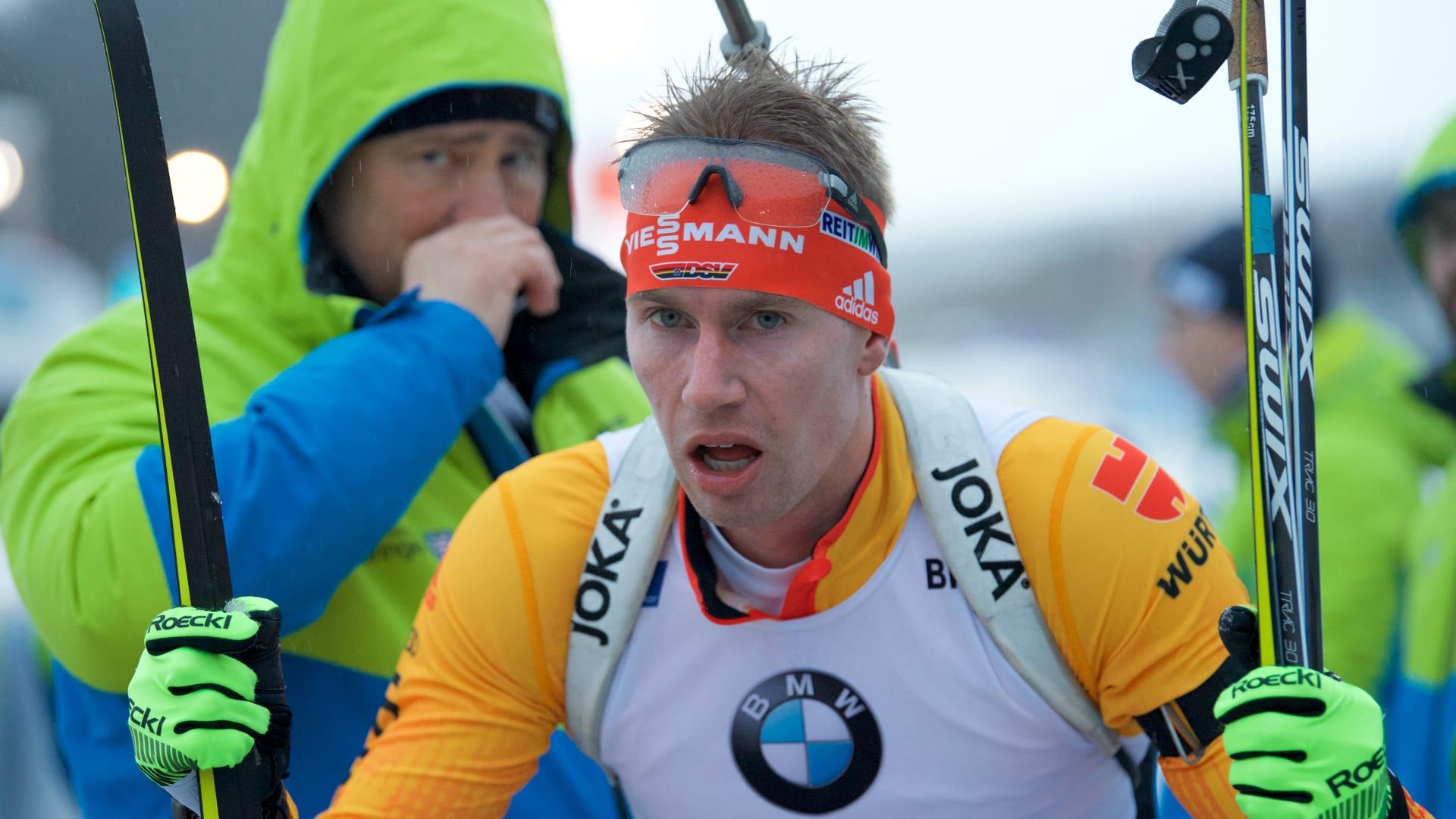 биатлон спринт мужчины